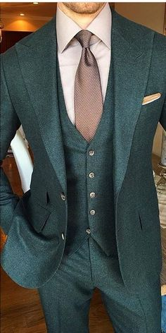 Custom Made Green One Button Men Suits/Slim Fit Two  Groom Tuxedos/Notch Lapel Best Man Groomsmen Men Wedding Suits