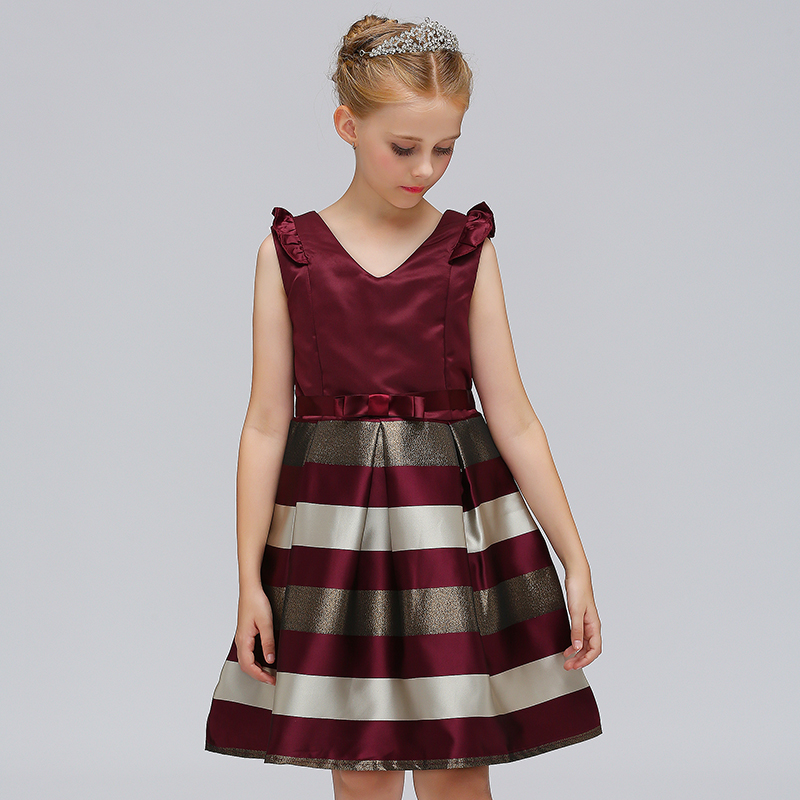8d15568b269 Retail Strip Elegant Western Style Children Wedding Dress With Ribbon Belt  Fashionable Girls Evening Party Gown Dress L 575-in Dresses from Mother    Kids on ...