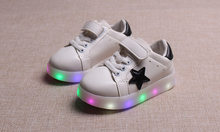 children shoes with light 2018 autumn baby boys girls LED light shoes chaussure enfant kids fashion breathable boys sneakers(China)