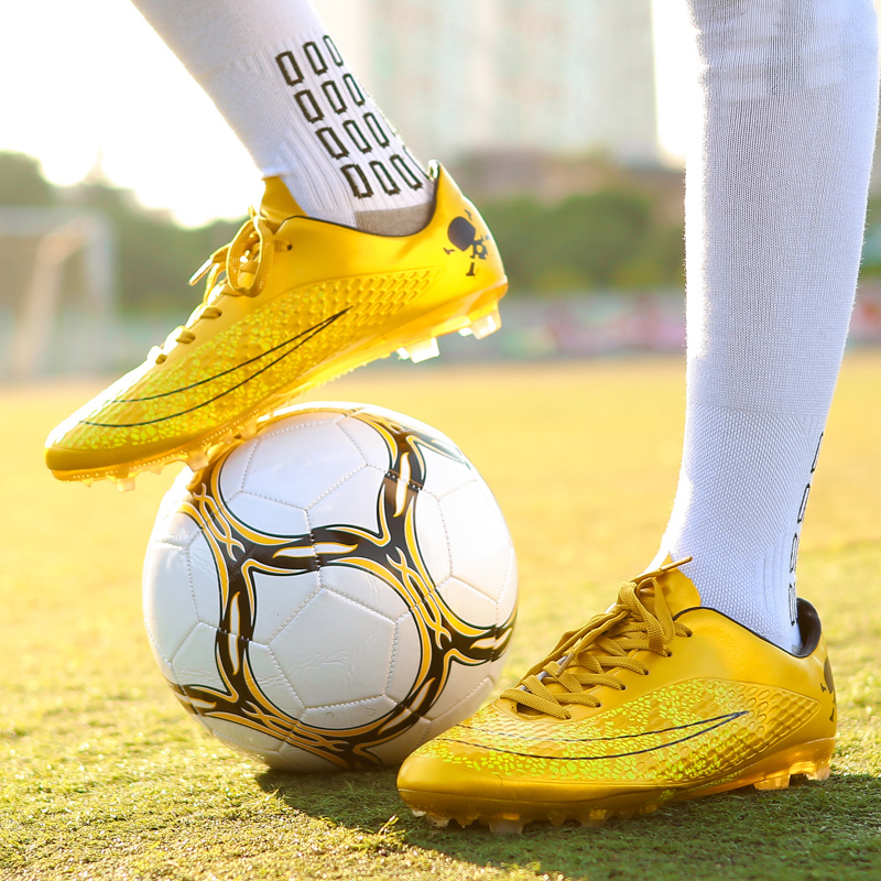 a5d03edf347 BomKinta New Gold Men Soccer Shoes Teenager Boy Futsal Boot Outdoor  Professional Sport Trainer Non Slip Orange Football Boots-in Soccer Shoes  from Sports ...