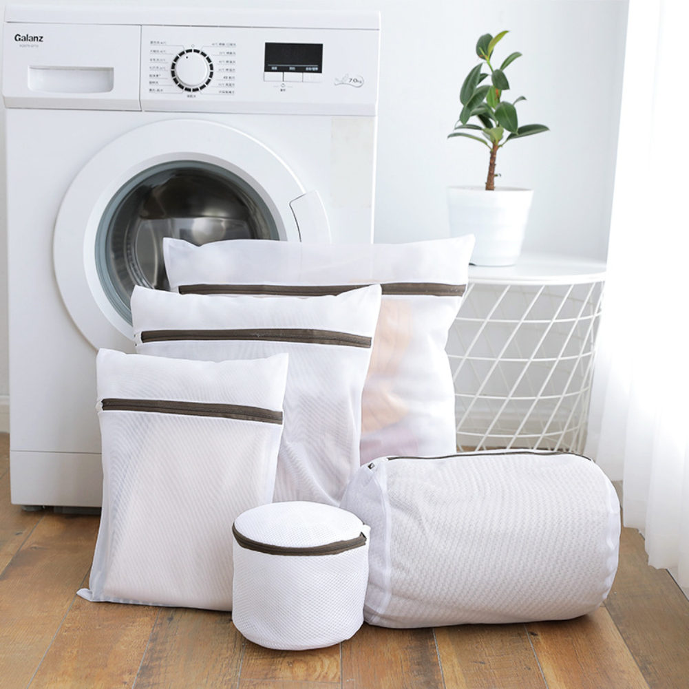New Mesh Laundry Bags For Washing Machine Wash Bra Stocking And Underwear Clothes Storage Net Zip Bag Home Travel Laundry Bags