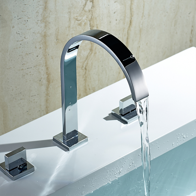 """Chrome Finish 8/"""" Basin Bathroom Faucet Widespread Two-Handle Sink Mixer Tap"""
