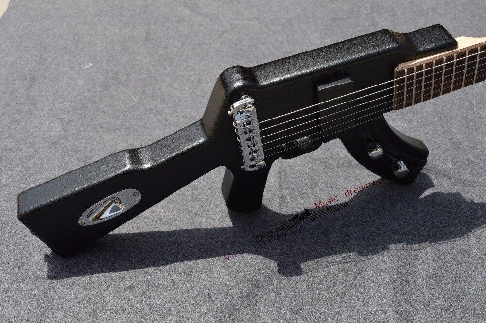 Chine firehawk oem électrique guitare dernier mouvement le alternative électrique guitare fusils ak47 forme ont en stock