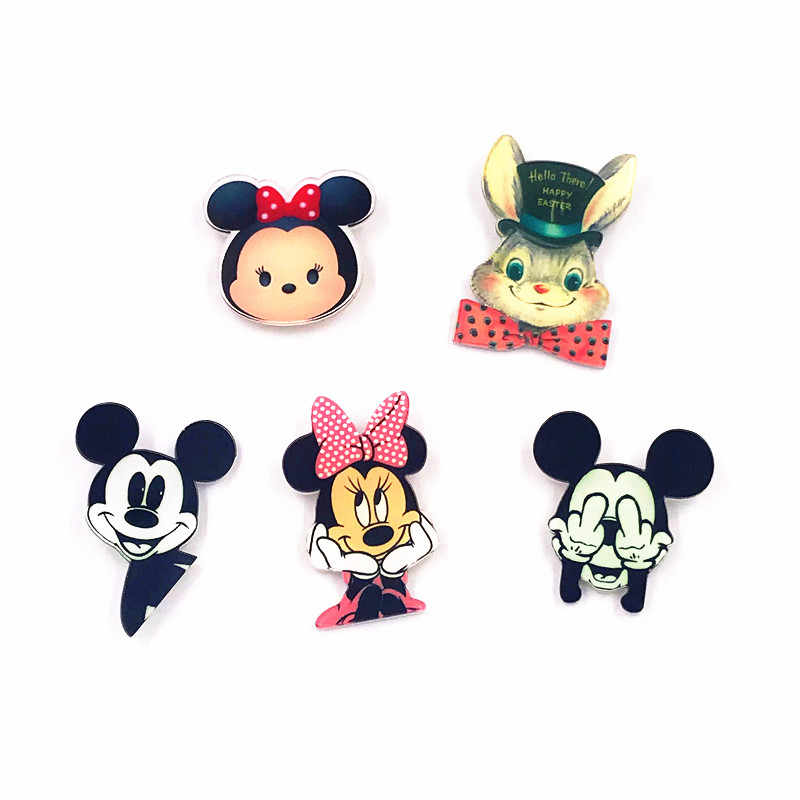 Nova chegada 1 pçs mickey minnie pino emblema dos desenhos animados coelho acrílico emblemas ícones na mochila sapatos decoração broche emblemas