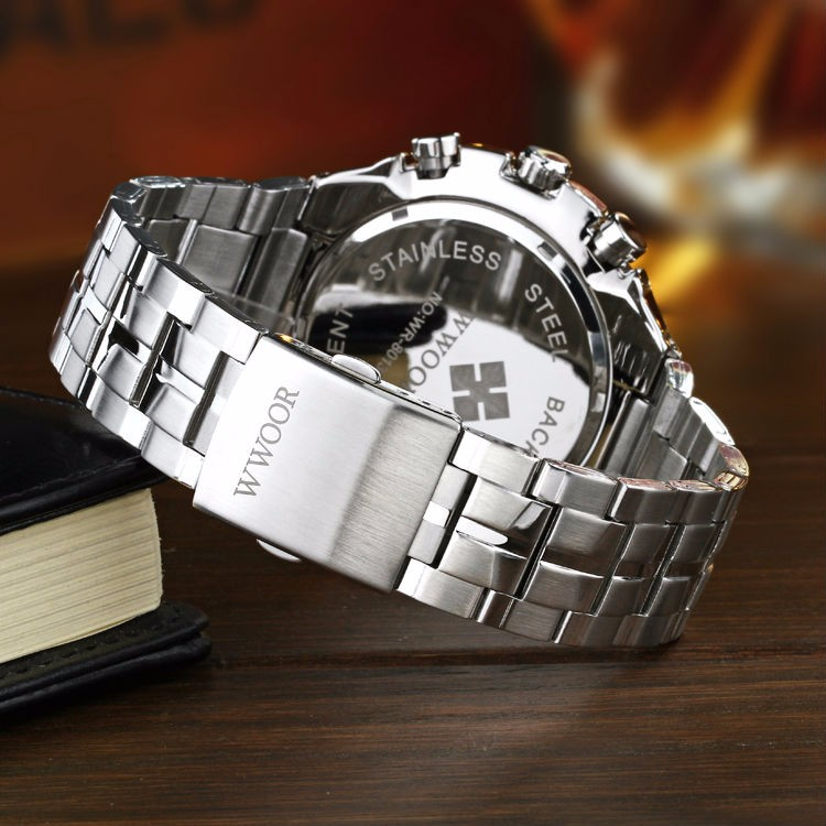 The New WWOOR Luxury Brand Men's Watches Stainless Steel Strap Sports Waterproof Watch Relogio Male Quartz Watch Leisure Watch 12