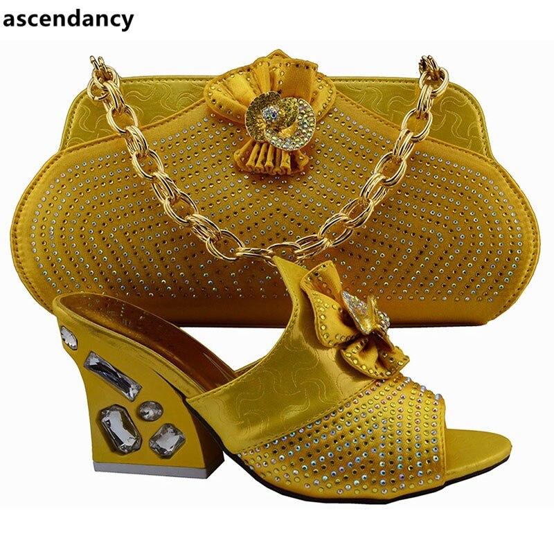 5be6f190ee63d Mit Nigerian Hohe Afrikanische Passenden Italienischen Schuh Verziert Gelb  Strass Yellow Frauen Tasche Set Farbe Qualität Und rCxQdBWoeE