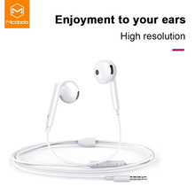 цена на Mcdodo Wired Earphone 3.5mm Jack In Ear Headset With Music Stereo Bass Sound Earphone Earbuds For xiaomi iPhone Samsung Earpiece