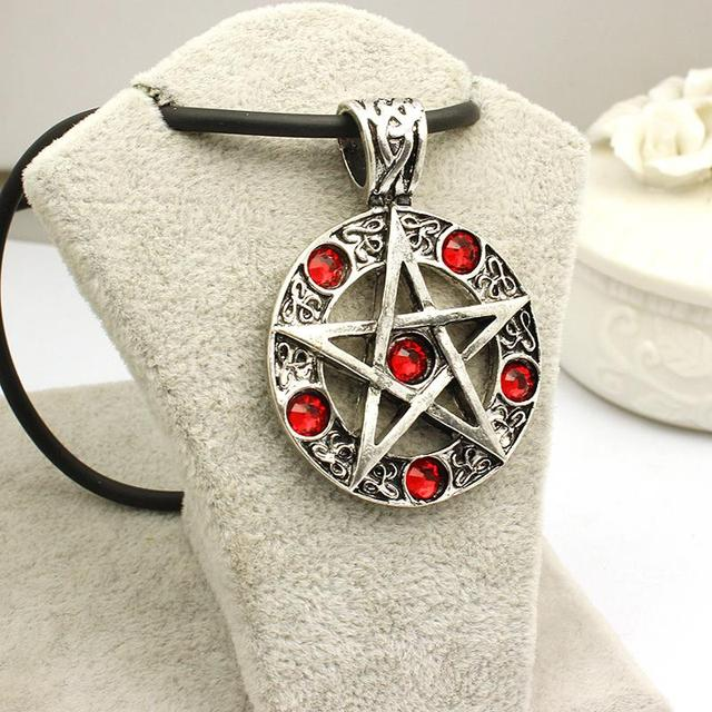 Invert Pentacle Pentagram Star Pewter Pendant & Necklace