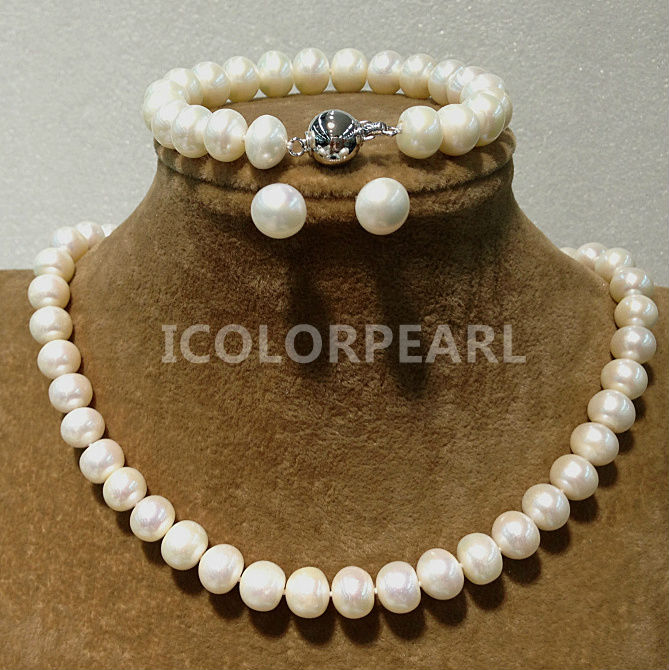 9-10mm Shiny Flat Round Natural White Freshwater Pearl Set(Necklace+Bracelet+Earrings).Simple Magnet Clasp For9-10mm Shiny Flat Round Natural White Freshwater Pearl Set(Necklace+Bracelet+Earrings).Simple Magnet Clasp For