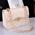 Free shipping, 2017 new fashion handbags, gold skin chain messenger bag, simple Korean version women bag, diamond lattice flap.