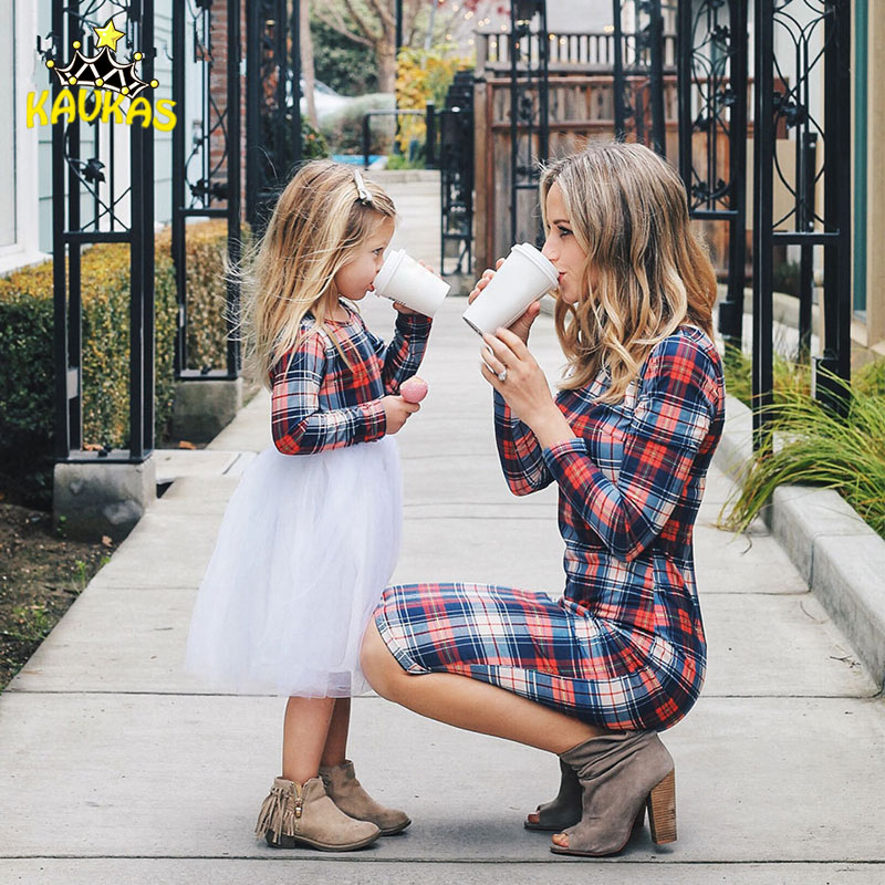 2019 New Mommy and me Household LookMom Lady Plaid Matching Gown Household Matching Outfits Mother Mom and Daughter Garments Clothes Matching Household Outfits, Low cost Matching Household Outfits, 2019...