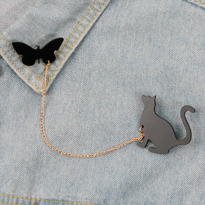Animal Chain Pins Squirrels and pine cones / Cat and Butterfly / Birds Couple Cute Animal Cool Black Acrylic Brooches Pins