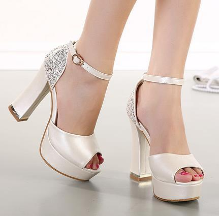 acb468594ed Glitter sequins ivory wedding shoes thick high heel platform white summer  sandals 2015 size 34 to 39-in Women s Sandals from Shoes on Aliexpress.com  ...