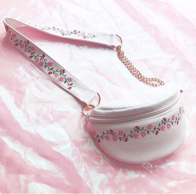 Angelatracy 2019 New Arrival Flower Vine Shivering Leather PU Fresh PU Sweet Cute Belt Strap Purse Fanny Pack Waist Pack Wallet