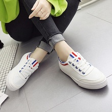 2019 spring and summer explosions womens shoes fashion trend small fresh casual wild flat white women canvas