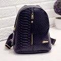 2016 fashion small mujeres mochila negro serpentina de cuero de la pu de las mujeres de compras bolso del estudiante bolsa de viaje mochila mochilas escolares