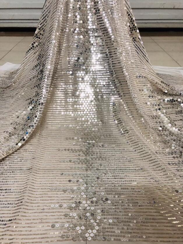 Leuk uitziende pailletten netto afrikaanse geborduurde tull kant stof ZH 122516 voor mode jurk-in Kant van Huis & Tuin op  Groep 1