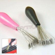 1PCSใหม่ทนทานMiniหวีแปรงทำความสะอาดแปรงฝังเครื่องมือSalon Home Essentialสีแบบสุ่ม