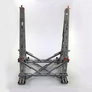 Image 4 - 407pcs כוכב MOC מלחמת המילניום צעצועי פלקון אנכי תצוגת Stand תואם עם 05132 75192 אולטימטיבי אספן של דגם