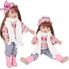 Muñeca reborn de 45cm con Gorro y Bufanda