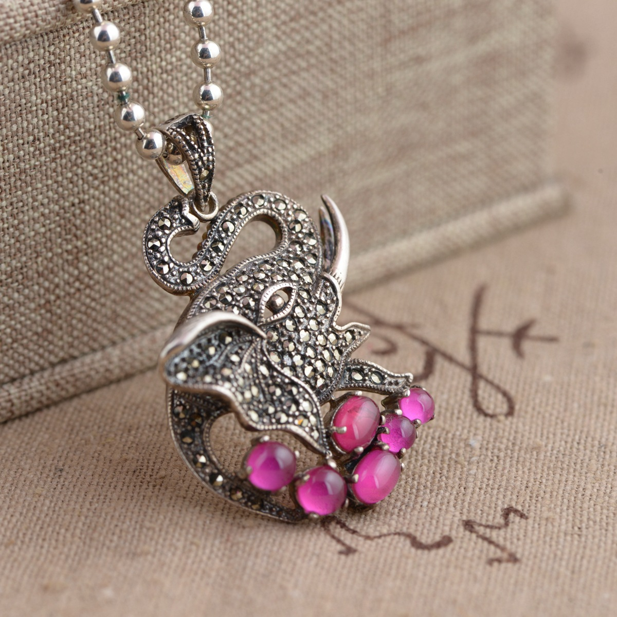 S925 silver inlaid garnet exquisite female Elephant Pendant [silver] silver deer king s925 wholesale silver inlaid red corundum garnet pendant female peacock