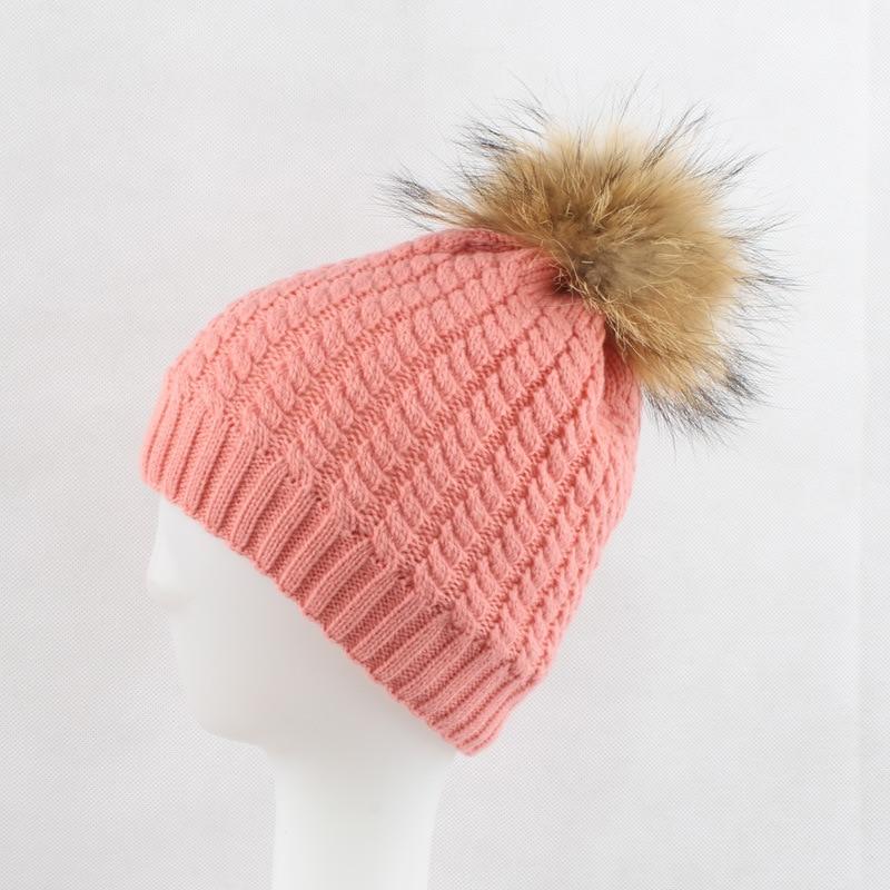 Russian Women's Knitted   Skullies     Beanies   Hats 15CM Raccoon Fur Pom Pom Hat Female Winter Warm Caps Fashion Headgear LF4076