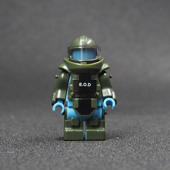 2PCS MOC Bomb Disposal Unit Body Armor Military Weapon Army Soldiers Building Blocks Toys For Children Best Gift guerre moderne lego