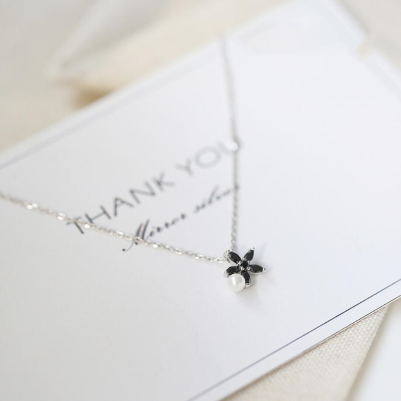 Black Cute Flower Chrysanthemum Pearl 925 Sterling Silver Clavicle Chain Temperament Trendy Female Necklace SNE156