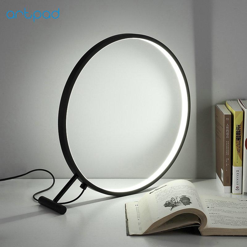 ArtPad Acrylic Round Modern Creative Art Deco Table Lamp Metal Ring Desktop LED Magnifier Shaped Bedroom Bedside Lighting