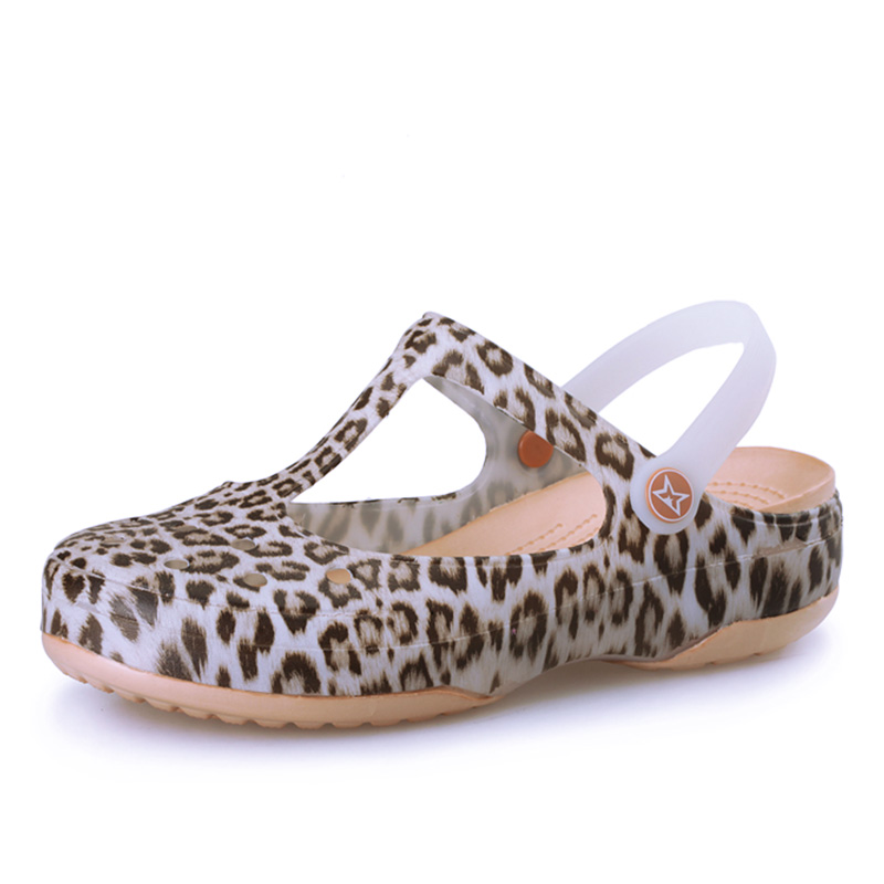 Summer New Mary Jane Leopard Anti-slip Hole Shoes Jelly Shoes Women Sandals Beach Shoes Slope Heel Thick Bottom Cool Slippers 2018 summer ladies thick bottom drag slope beach shoes for women casual non slip flat bottomed slippers female slides shoes