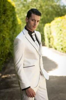 2016 New Arrival Groom Tuxedo Ivory Groomsmen Notch Lapel Wedding/Dinner Suits Best Man Bridegroom (Jacket+Pants+Tie+Vest) B546