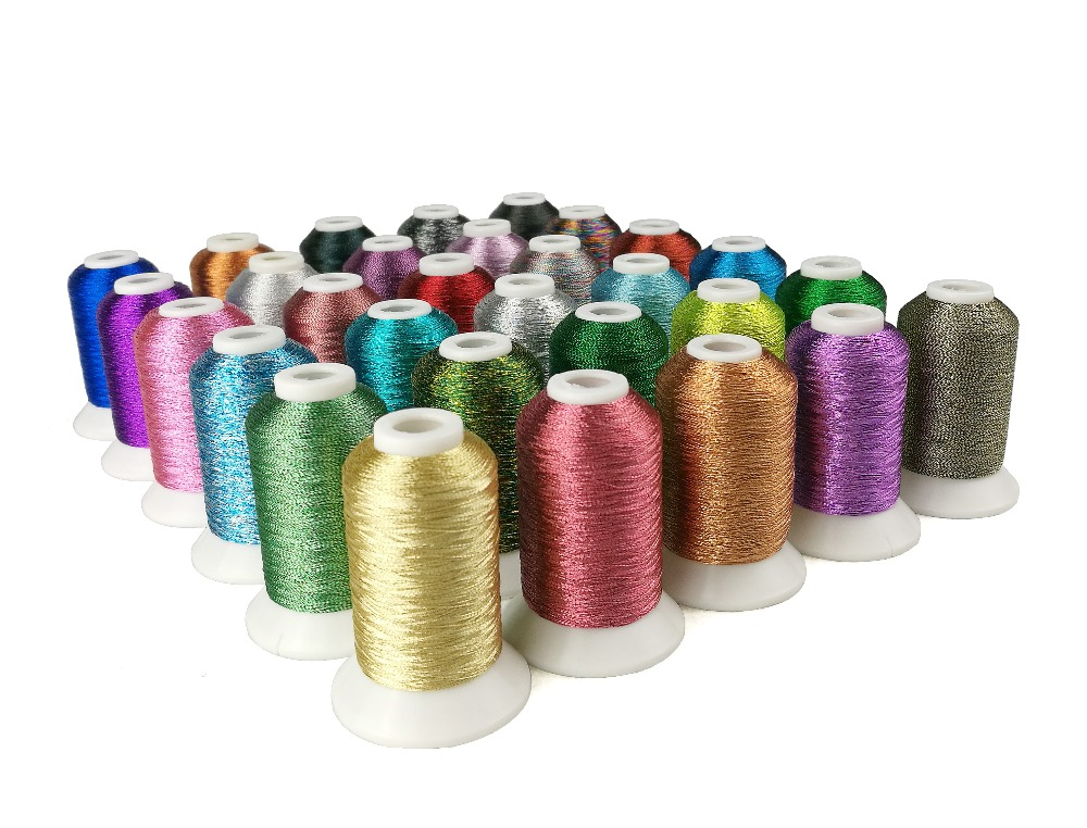 Metallic Polyester Computer Machine Broderi Tråd Filament MS Typ 150d2 550 Yards 32Mini Spools 18g Varje Super Shine
