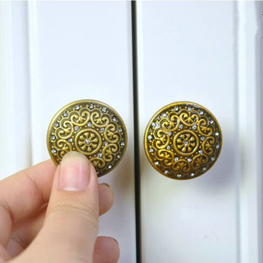 6.3 Retro rhinestone dresser kitchen cabinet door handles yellow bronze drawer cupboard pulls knobs glass crystal knobs 128mm 5pcs 25mm square clear crystal glass door knob diamond cabinet knobs kitchen cupboard drawer dresser handles knobs