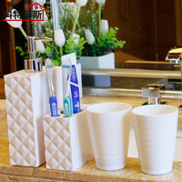 Fashion Bathroom Four Piece Set Plastic Gargle Cups Dental Kit Bath Bottle Set