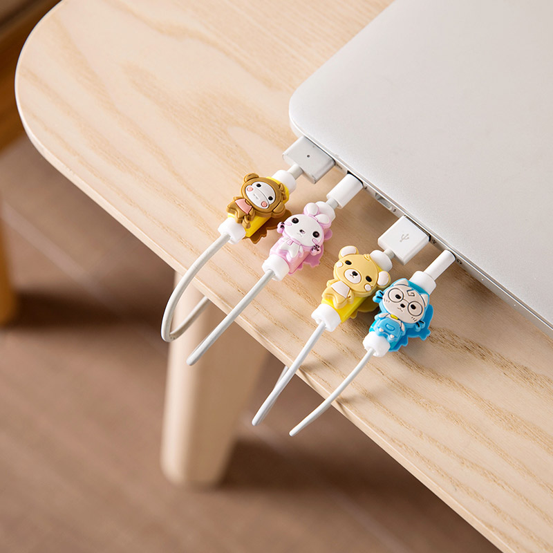 Cute Cartoon Cable Dust Plug Protector Earphone Organizer Phone Wire Protect Winder For Apple Iphone 4 5 5s 6 6s 7 8 X Plus
