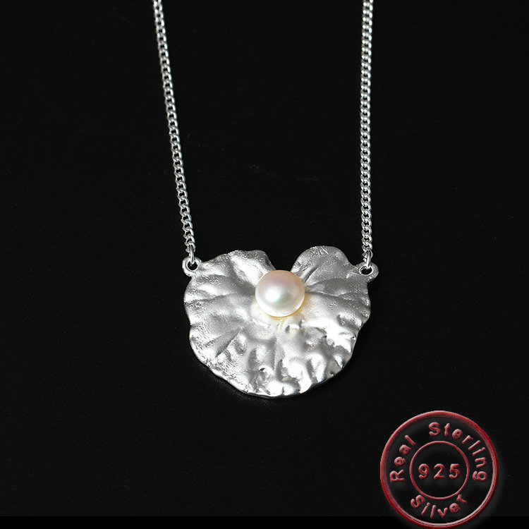 Amxiu 8mm White Freshwater Pearl Pendant Necklace 925 Sterling Silver Jewelry Shell Shape Necklace For Girls Women's Day Gift