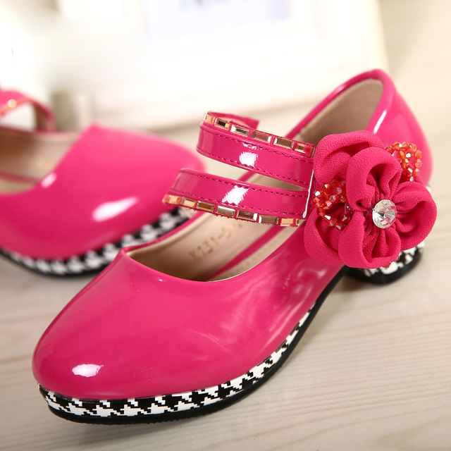 Fashion Kids Leather Shoes Spring Summer Style 3 Colors With Flower Dress Shoes High Heels For Baby Girls