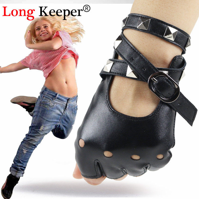 New Cool Rivet Women Half Finger Gloves Sexy Disco Dancing Fingerless PU Leather Gloves Lady Punk Party Show Black Mittens