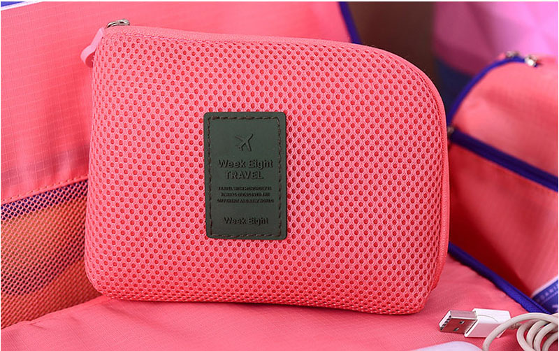 2017 New Women Make Up Bags Lady Cosmetic Bags Organizer Storage Bags Travel Digital Cable Pouch