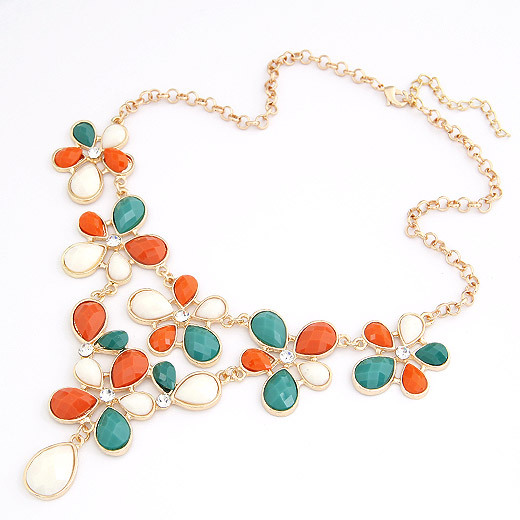 Min order is $10 ( mix order ) 2013 Newest Fashion Flower Women Choker  resin necklace