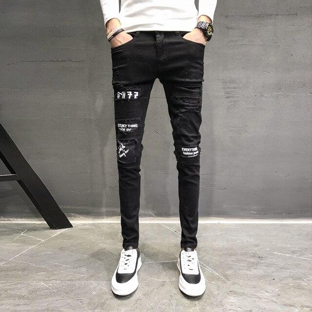 ef1c0ee3f964e Automne Nouveau Jeans Hommes Marque Noir Slim Fit Pantalons Décontractés  Hommes Personnalité Conception de Patch Denim