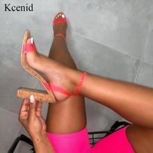 Kcenid Candy สีเซ็กซี่ PVC ใหม่ผู้หญิงรองเท้าแตะเปิดนิ้วเท้าปั๊มรองเท้าสตรีฤดูร้อนไม้รองเท้าส้นสูงข้อเท้ารองเท้าแตะสีเขียว
