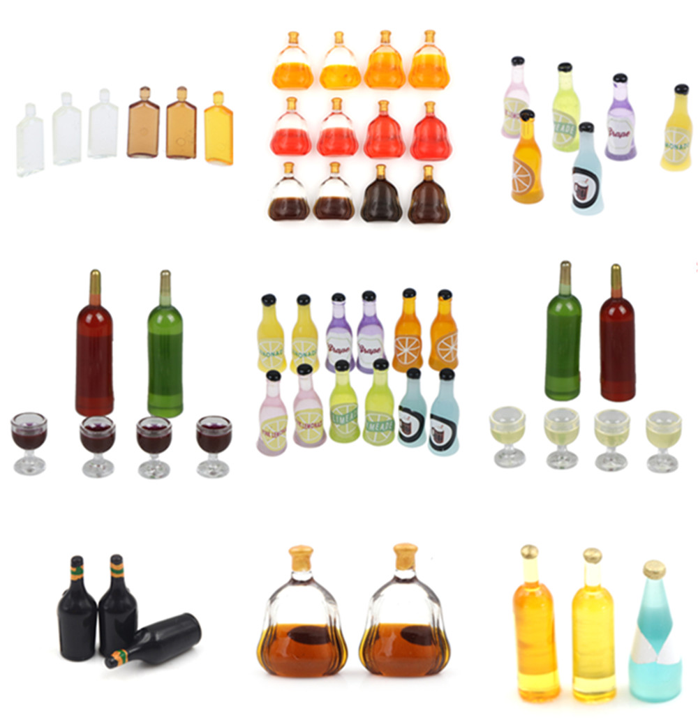2 Pieces Miniature Whiskey Wine Bottles Dollhouse Living Room Kitchen Model Toys