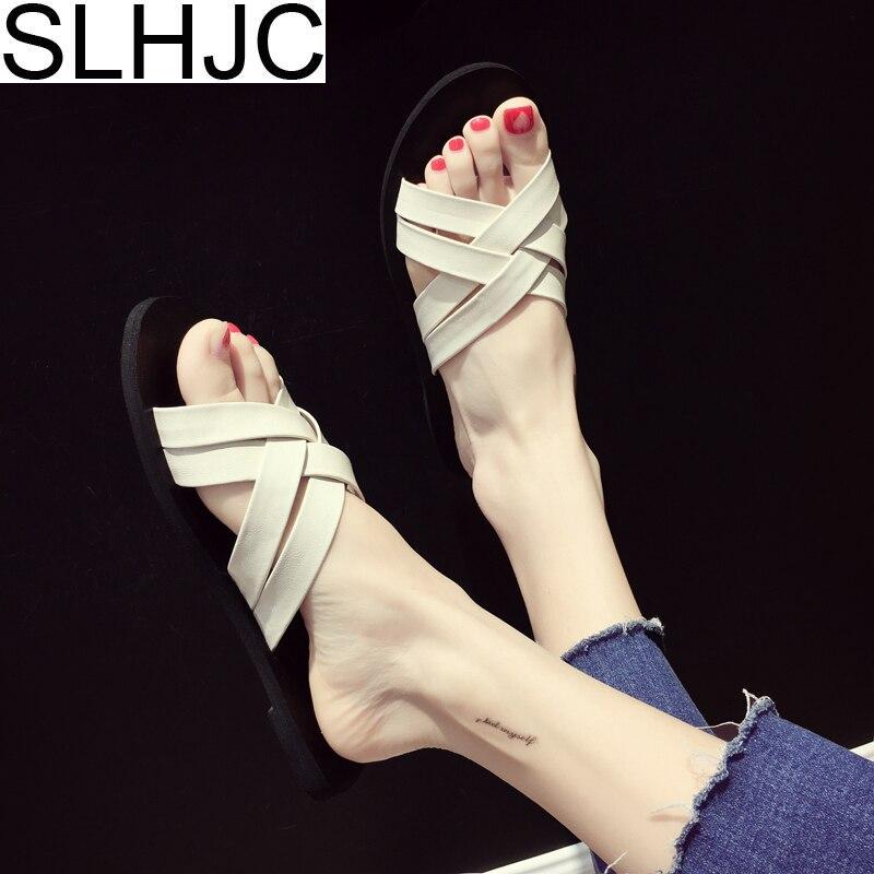 SLHJC Летние Тапочки кожаные сандалии Для женщин с открытым носком трикотажные крест поясом плоская подошва шлепанцы пляжная обувь сопротивл...