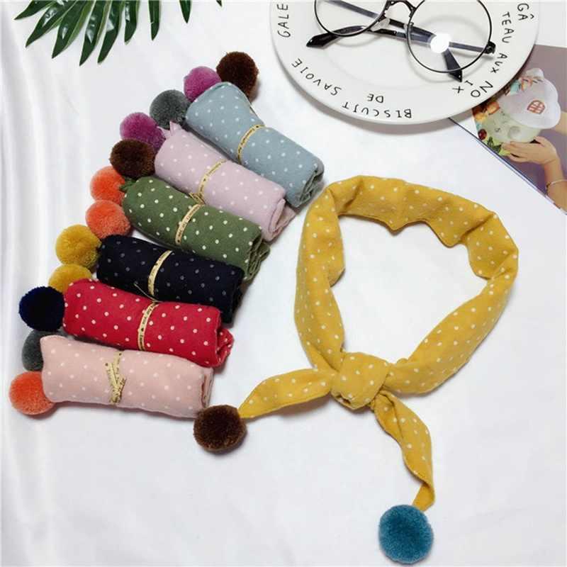 かわいいコットンベビービブドット三角形女の子のスカーフキャンディーカラー子供の首襟スカーフのための冬のギフト