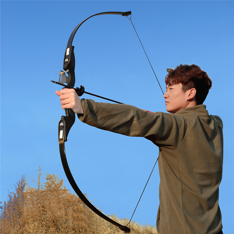 Archery Recurve Takedown Bow 25 30 35 lbs Right Handed for Beginner Practice Hunting Shooting Training-in Bow & Arrow from Sports & Entertainment