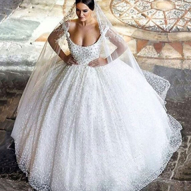 Vestido de novia blanco brillante