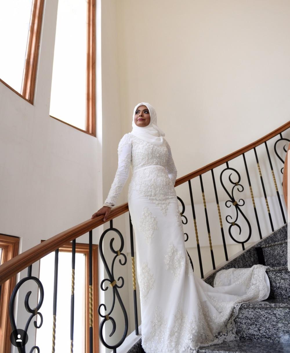 2019 Plus Size High neck Long Sleeve Mermaid Lace Beaded Luxury Muslim Wedding dress long Saudi