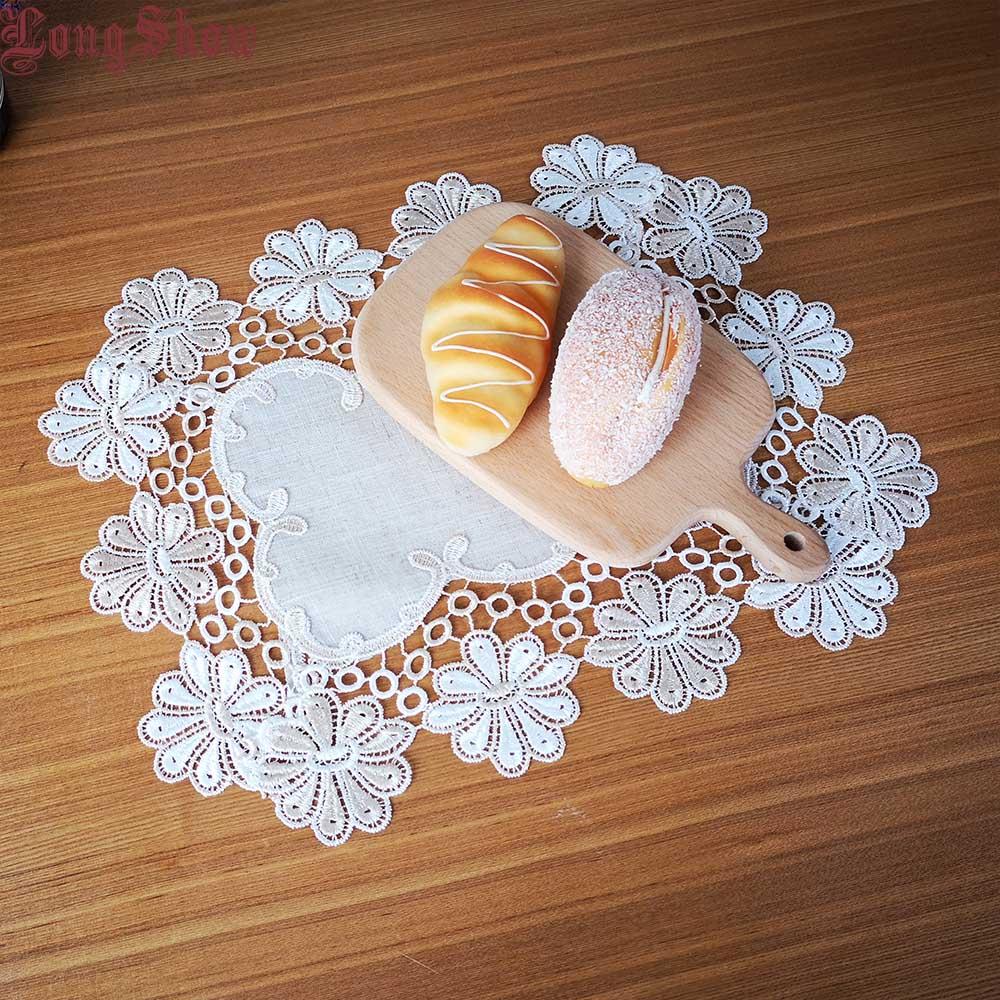 1ks Klasická čalouněná vyšívaná čalouněná deska Placemat podložka pro stolní dekoraci