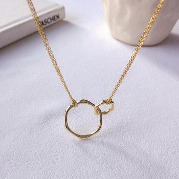 4e15d8933a72 De doble círculo collar